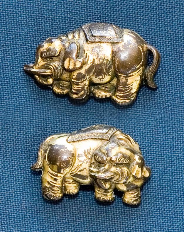 ezo-elephants1